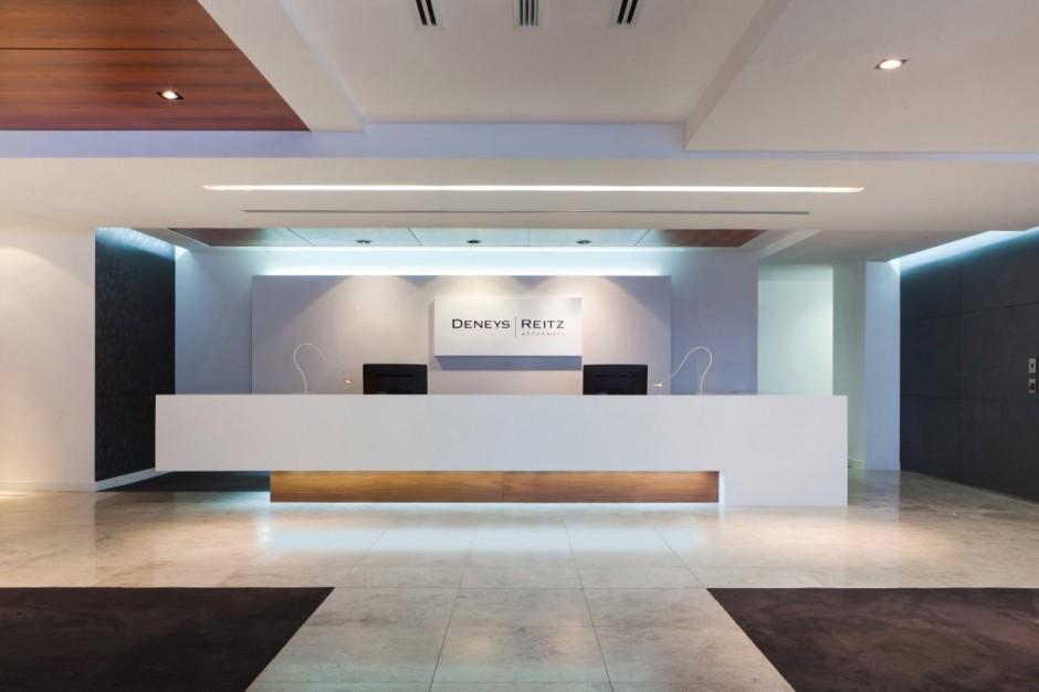 Vea unas fotografías de oficinas perfectamente organizadas y decoradas