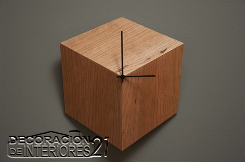 Reloj de pared cúbico ideal para decorar casas minimalistas y modernas (2)