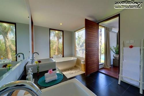 Decora tu baño con estas 28 ideas de decoración de baños al estilo moderno (19)