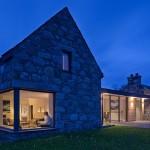 Proyecto Torispardon: casa rehabilitada situada sobre una colina en Escocia
