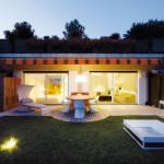 Casa Pina: Terraza moderna con espacios abiertos y privados