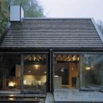 Casa de vacaciones en una antigua granja al sur de Suecia de madera y con un aspecto antiguo