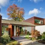 Residencia antigua en Seattle revela una amplia renovación de mediados del siglo pasado