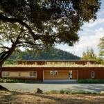 Recuperación de una residencia sostenible de 1970 en la cuidad de Cloverdale, California.