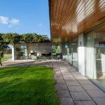 Casa Moderna de amplio territorio, conocemos un impecable diseño de interior y planos