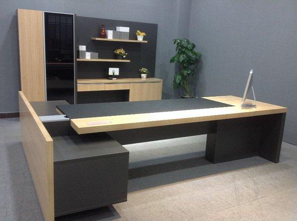 los escritorios modernos para oficinas ejecutivas deben poseer calidad perfeccin y excelente funcionalidad - Escritorios Modernos