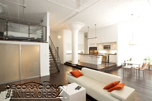 Mezzanine moderno en ambiente blanco  (9)
