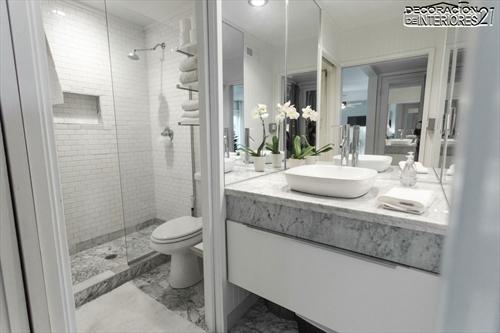 Decora tu baño con estas 28 ideas de decoración de baños al estilo moderno (7)