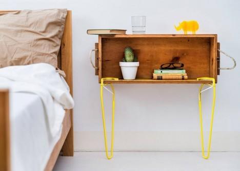Mesa para la recamara con colores vivos