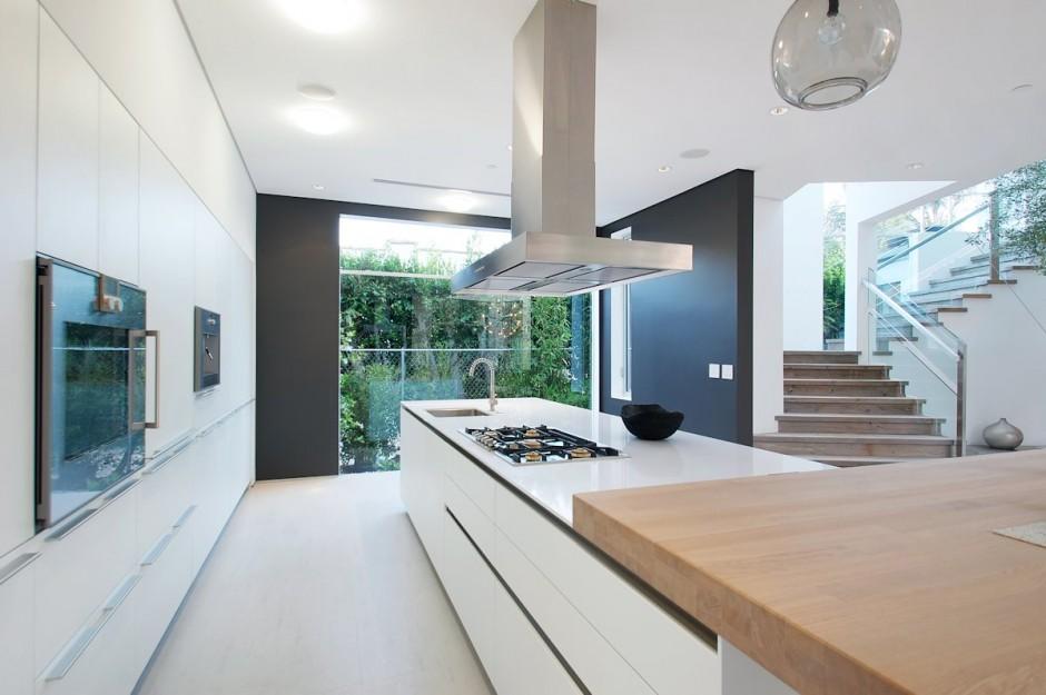 la cocina de vista hacia el exterior
