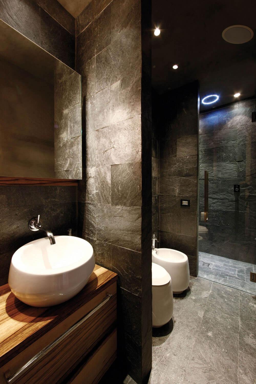 El mármol en el baño es ideal