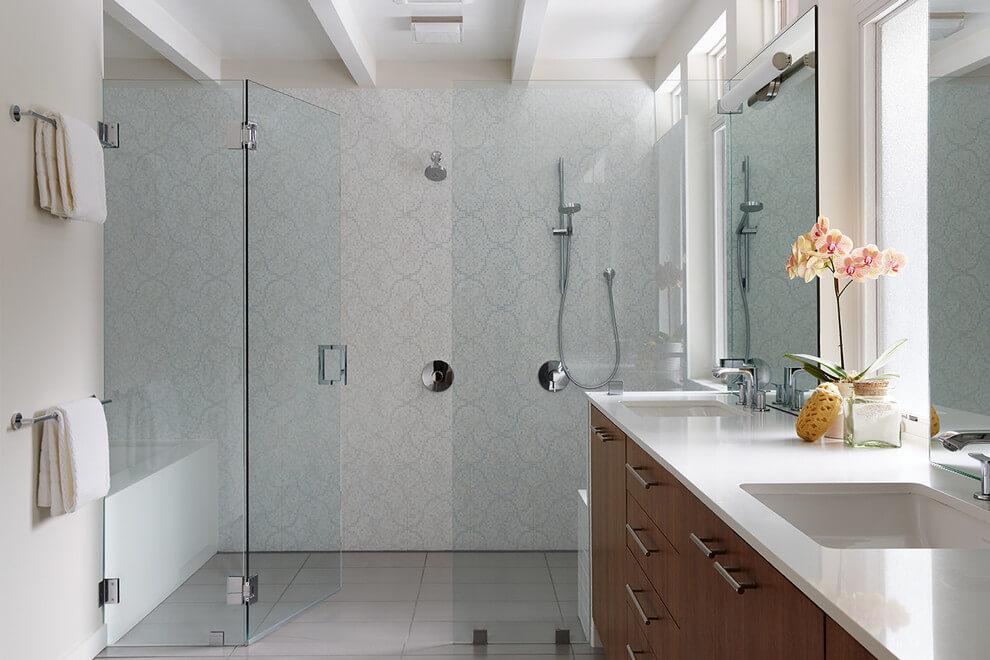 bonita remodelación del baño